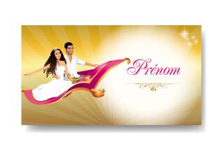 Mariage oriental 1001 nuits - carton marque-place nominette marque-place sur tapis volant comme Aladdin et Shéhérazade. Portraits dessin caricature - blanc or et violet Bollywood chic vintage et romantique.