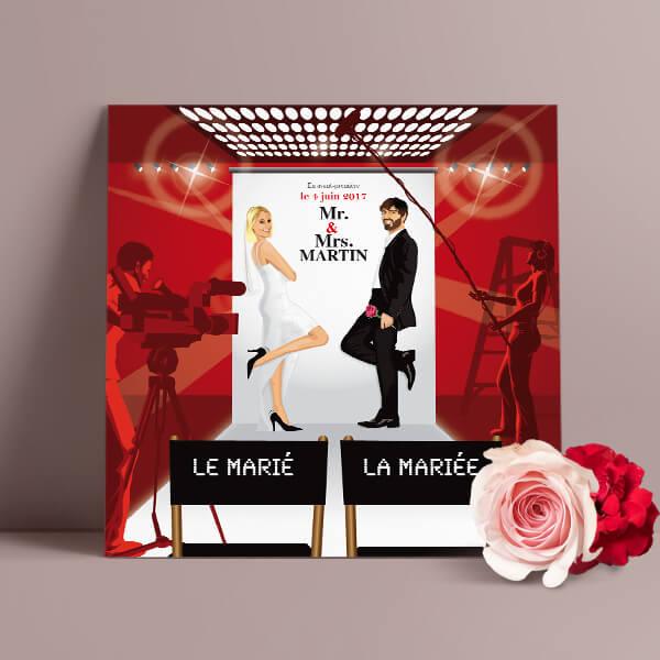 Faire-part de mariage original romantique cinéma - dessin originaux Couple de marié sur fond d'affiche cinéma Mr & Mrs Smith sur plateau tournage cinéma chic et drôle