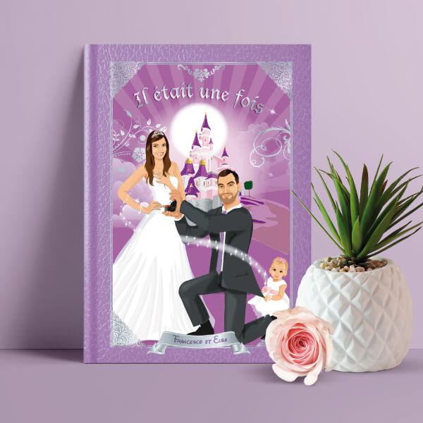 faire-part de mariage original romantique conte de fée, princesse avec enfant, cendrillon prince charmant Il était une fois Couple de mariés en prince charmant et princesse style cendrillon - fond violet lilas prune parme poudré et argent avec le château de la Belle au bois dormant