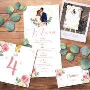 Décoration pour invitation de mariage chic et élégant - thème romantique chic doré, coeurs rose pastel poudré et or. Style amour minimaliste chic - plan de table, menu, noms de table, marque-place, nominette, numéro de table