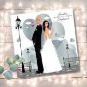 Faire-part de mariage original romantique Couple de mariés et décor coeurs - argent rose fuschia et blanc