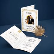 Faire-part de mariage original romantique et rétro d'après l'affiche de Gatsby le Magnifique blanc et or chic des années folles – tenue Charleston années 20 © www.studio-postscriptum.fr