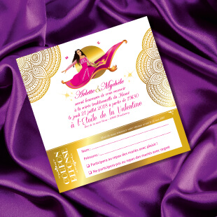 Mariage oriental 1001 nuits - Faire-part, invitation cérémonie henné sur tapis volant comme Aladdin et Shéhérazade. Portraits dessin caricature - blanc or et violet Bollywood chic vintage et romantique