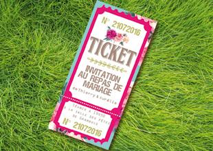 Ticket cinéma invitation repas mariage original thème fleurs nature roses bleu poudré vintage et graphique. Carton repas bohème chic vintage et romantique