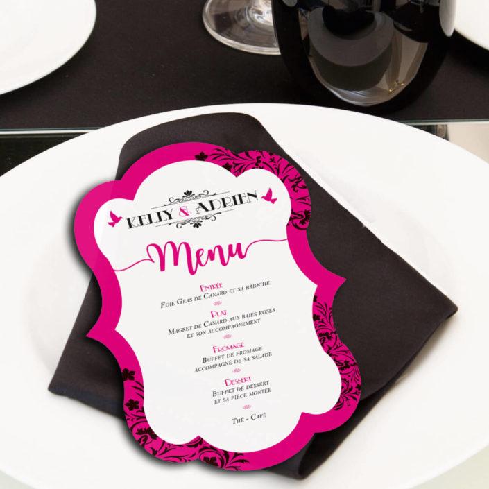 mariage original menu forme découpe thème baroque noir blanc et fuschia avec lustres et voluptes. chic vintage rétro et romantique.